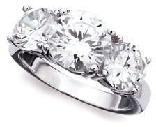 Crislu Classic Three Stone Ring