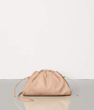 Bottega Veneta THE POUCH 20 IN BUTTER CALF