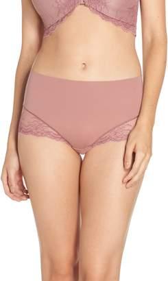 Spanx R) Undie-tectable Lace Hipster Panties