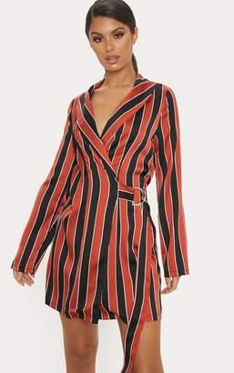 PrettyLittleThing Rust Satin Stripe D Ring Blazer Dress