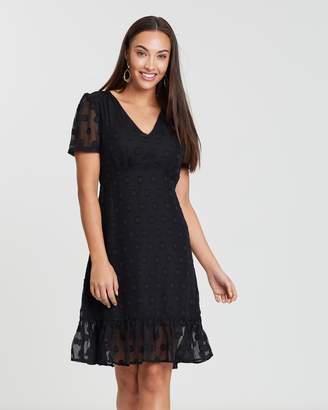 Forcast Kairi Ruffle Dress