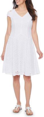 Rabbit Rabbit Rabbit DESIGN Design Short Sleeve Cold Shoulder Lace Fit & Flare Dress