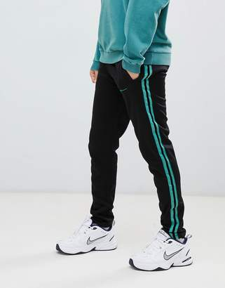 Mennace joggers in black poly