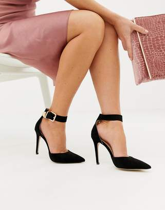 Lipsy gold buckle detail pumps in black