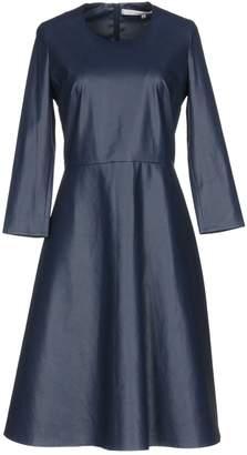 Normaluisa Knee-length dresses
