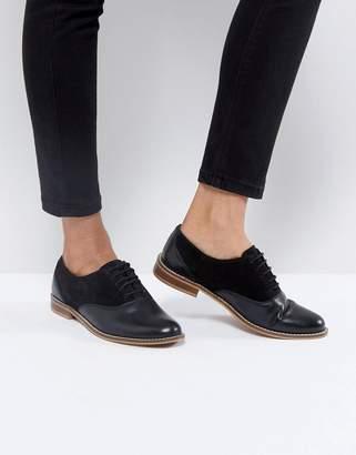 Asos DESIGN MAKE UP Leather Flat Shoes