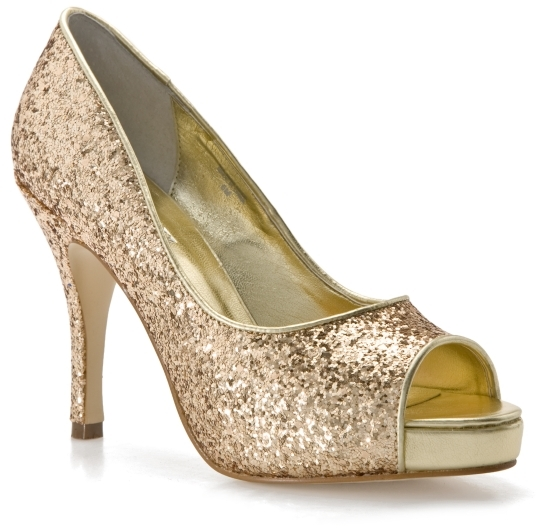 AUDREY BROOKE Kari Pump - Gold