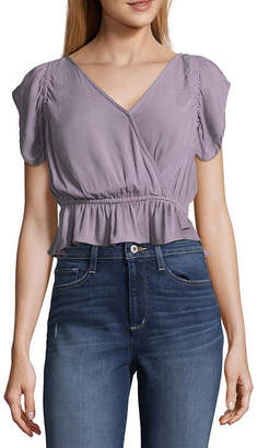 Arizona Short Sleeve V Neck Gauze Blouse-Juniors