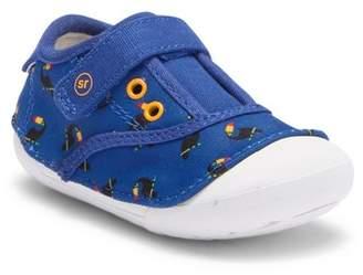 Stride Rite Avery Sneaker (Baby & Toddler)