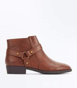 New Look Tan Stirrup Side Low Heel Ankle Boots
