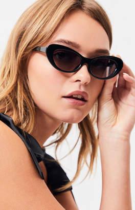 La Hearts Wide Plastic Cat Eye Sunglasses