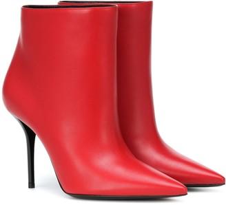 Saint Laurent Pierre 95 leather ankle boots