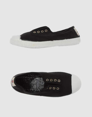 Victoria Slip-on sneakers