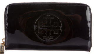 Tory BurchTory Burch Patent Leather Logo Wallet