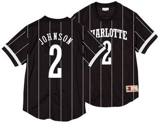 Mitchell & Ness Men Larry Johnson Charlotte Hornets Black & White Mesh Name and Number Crew Neck Jersey