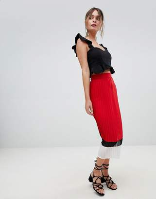 PrettyLittleThing Colourblock Pleated Skirt