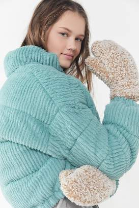Urban Outfitters Teddy Mitten