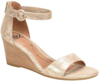 93a1fa851003 Sofft Gold Wedge Heel Women s Sandals - ShopStyle