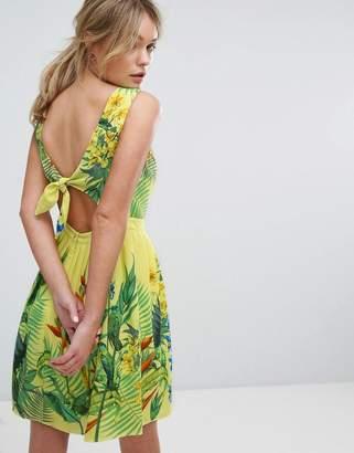 Oasis Tropical Placement Sun Dress $76 thestylecure.com