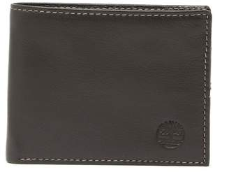 Timberland Smooth Grain Leather Passcase Wallet