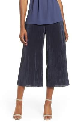 Nic+Zoe Revamp Pleat Crop Pants