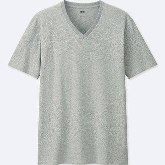 UNIQLO Men's Supima-« Cotton V-Neck Short Sleeve T-Shirt $9.90 thestylecure.com