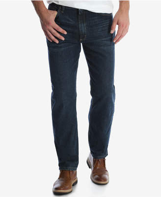 Wrangler Men's Regular Fit Tapered Leg Jeans