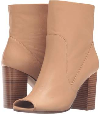 Chinese Laundry Talk Show Women's Pull-on Boots