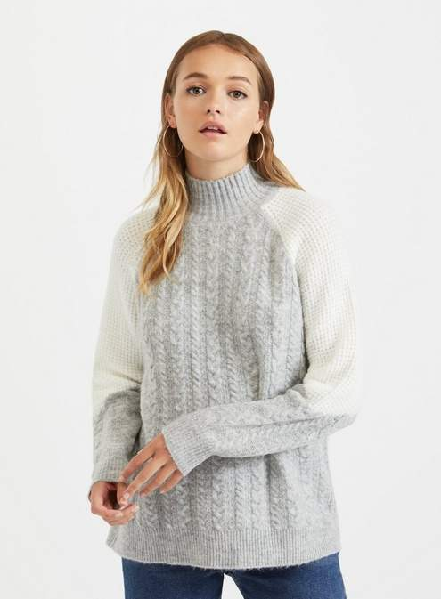 Colourblock cable knitted jumper