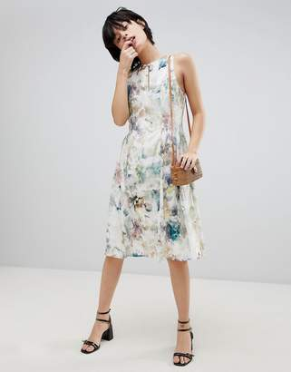 Paisie Floral Keyhole Dress With Gathered Waist