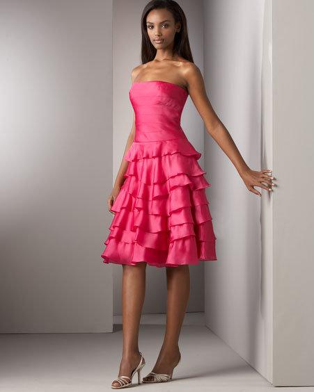 Kay Unger New York Ruffled-Tier Strapless Dress