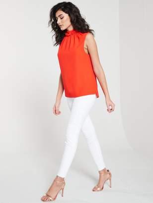 Ted Baker Catarsi Uneven Raw Hem Skinny Jeans - White