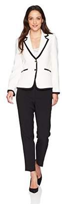 Tahari by Arthur S. Levine Women's Petite Pebble Crepe Long Sleeve Pant Suit