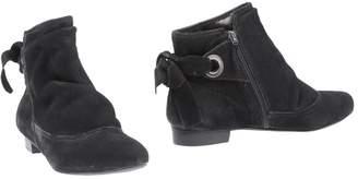 MISS UNIQUE Ankle boots - Item 11318865HC