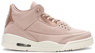 Jordan 3 Retro SE