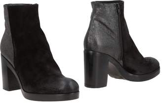 Bryan Blake Ankle boots - Item 11495483HS
