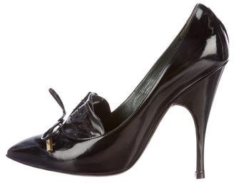 Marc JacobsMarc Jacobs Leather Pointed-Toe Pumps