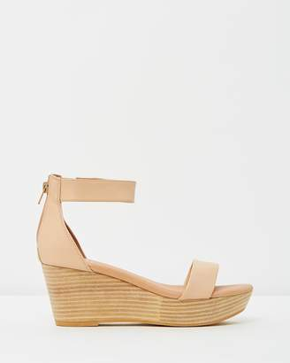 EOS Lucy Wedges