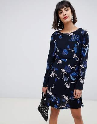 1c7055b2cdad Pieces long sleeve floral printed mini dress in black