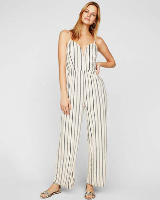 Express Petite Striped Wide Leg V-Wire Jumpsuit