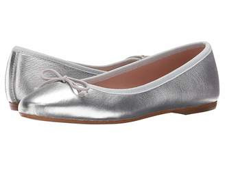 White Mountain Summit by Kendall Women's Slip on Shoes