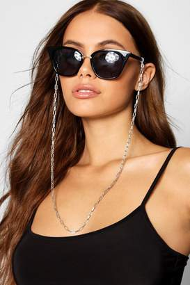 boohoo Rectangle Linked Sunglasses Chain