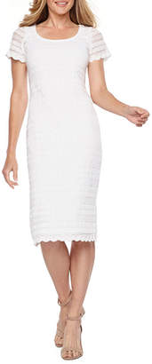 Ronni Nicole Short Sleeve Circle Lace Sheath Dress