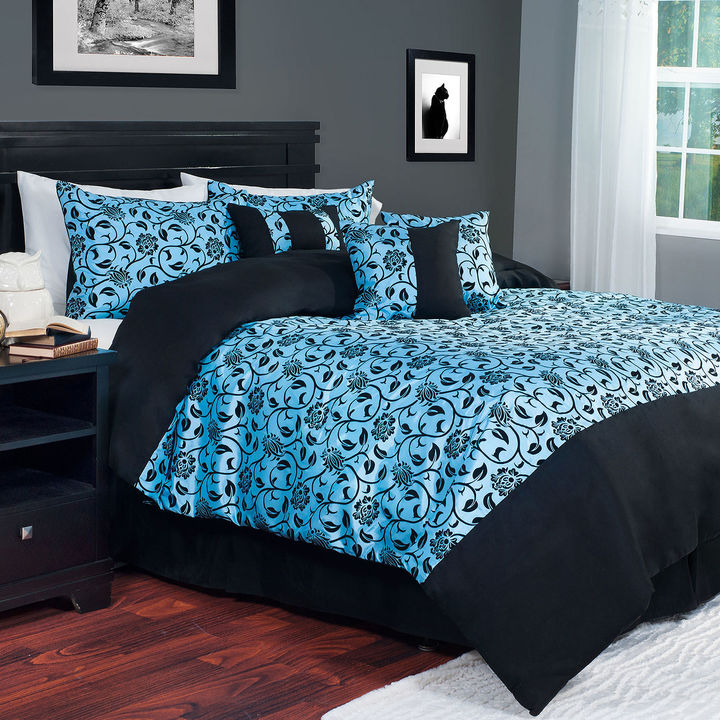 Cambridge Silversmiths CAMBRIDGE HOME Cambridge Home Victoria 7-pc. Damask Comforter Set