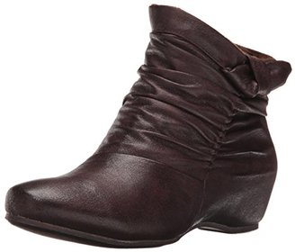 BareTraps Women's BT SAKARI Boot $36.43 thestylecure.com