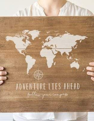 Cathy's Concepts Rustic World Map Wooden Sign