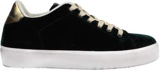 Leather Crown Low-tops & sneakers - Item 11567228MM