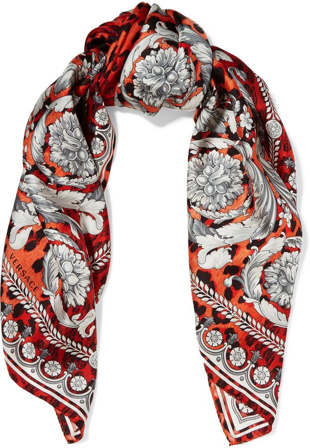 VersaceVersace Leopard-print silk-satin scarf
