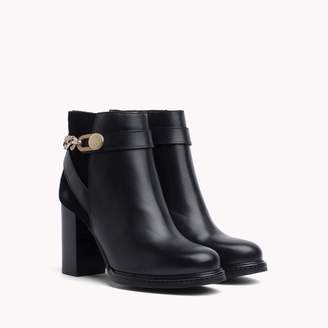 Tommy Hilfiger Heeled Chain Ankle Boot