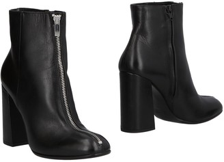 Janet & Janet Ankle boots - Item 11504663PN
